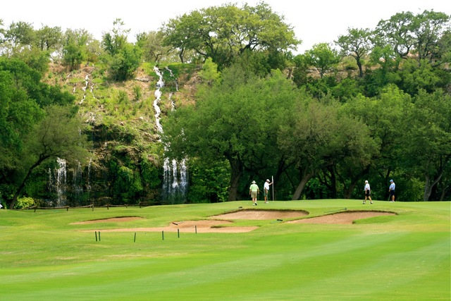 Lots Of Texas Touches At Challenging Canyon Springs Golf