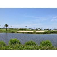 The par-3 ninth at Moody Gardens Golf Course, which plays over water, can be especially difficult into a strong south wind.
