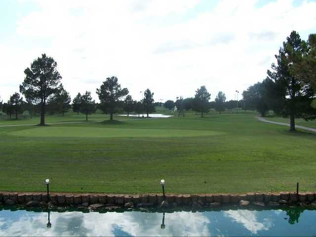 Par 3 At Stone Gate Golf Course In Lubbock