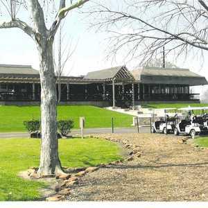 Bear Creek Golf World: Clubhouse