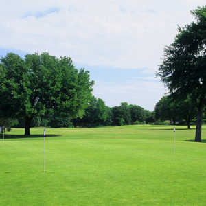 Meadowbrook Park GC: Practice area