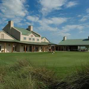 Star Ranch GC: clubhouse