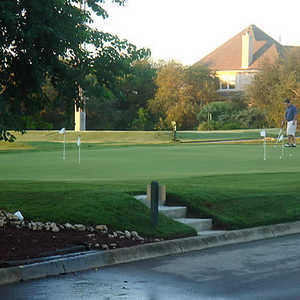 Olympia Hills GC: putting green